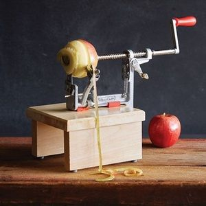 Pampered Chef Apple Peeler, Corer, Stand